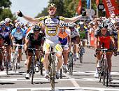 Auftaktsieg bei der Tour Down Under: André Greipel - Foto: TDWSport.com
