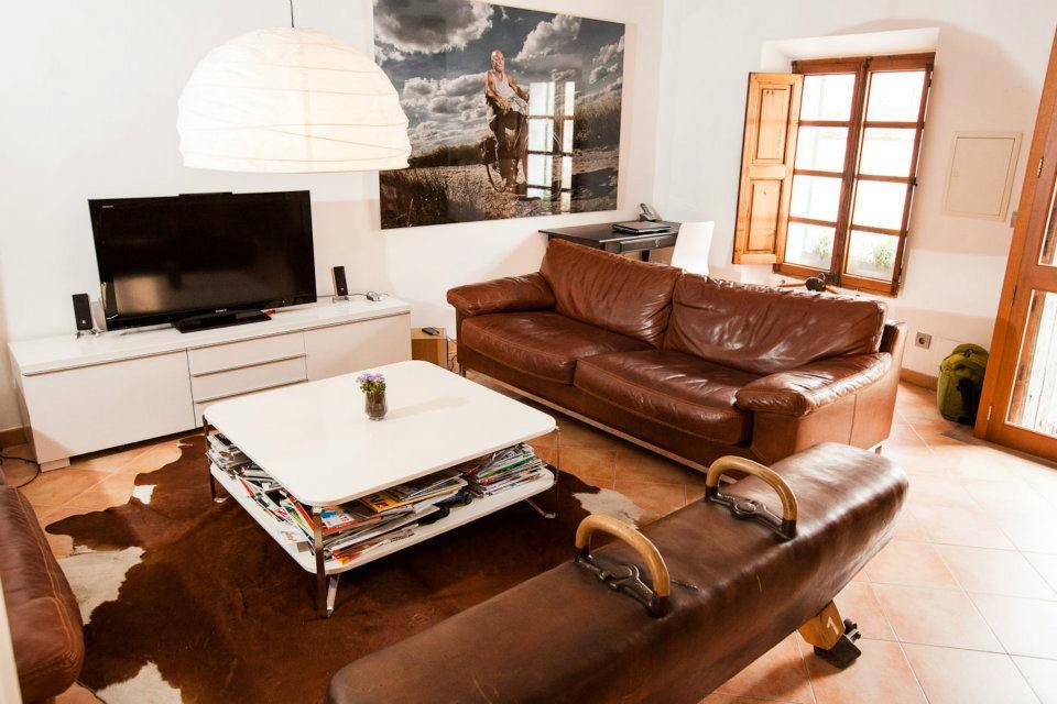 Sportlich-Elegant: Das MA-13-Wohnzimmer