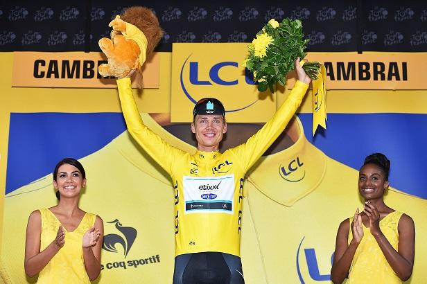 Tony Martin in Gelb bei der 102. Tour de France - Foto: Etixx - Quick-Step / © Tim De Waele