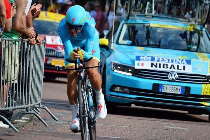 Vincenzo Nibali (Astana) beim Zeitfahren der 1. Etappe in Utrecht