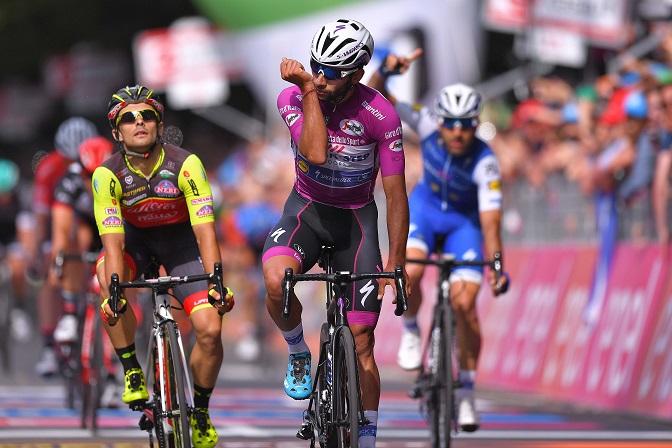 Behielt auch auf der 12. Etappe beim 100. Giro d'Italia im Massensprint die Oberhand: Fernando Gaviria (Quick-Step Floors) - Foto: © Quick-Step Floors Cycling Team / Tim de Waele