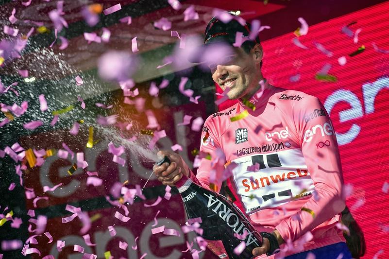 Fährt beim 100. Giro d'Italia weiterhin Rosa: Tom Dumoulin (Sunweb) - Foto: © Cor Vos / Team Sunweb