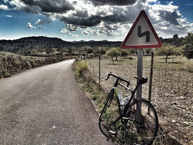 Traum eines jeden Rennradfahreres: Verlassene Straßen - hier auf Mallorca.