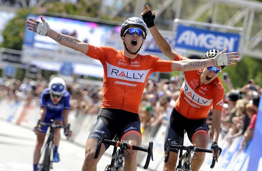 Evan Huffman (Rally Cycling) freut sich über seinen Etappensieg