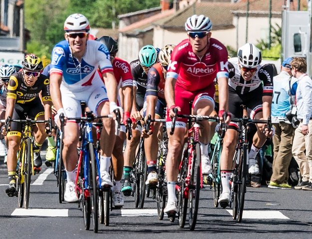 Zieleinlauf auf der zweiten Etappe beim 69. Critérium du Dauphiné