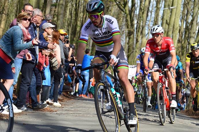 Für Peter Sagan (Bora-hansgrohe) ist die 104. Tour de France nach der 4. Etappe beendet - Foto: Christopher Jobb / www.christopherjobb.de