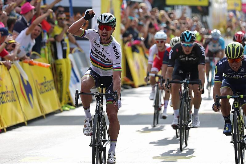 Auftaktsieger in Krakau: Weltmeister Peter Sagan (Bora-hansgrohe) - Foto: © BORA - hansgrohe / Stiehl Photography