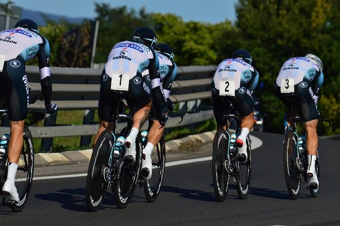Ab 2020 Geschichte: Team-Zeitfahren bei der Straßen-WM (Hier Sieger Omega-Pharma-QuickStep 2013 in Florenz) - Foto: Christopher Jobb / www.christopherjobb.de
