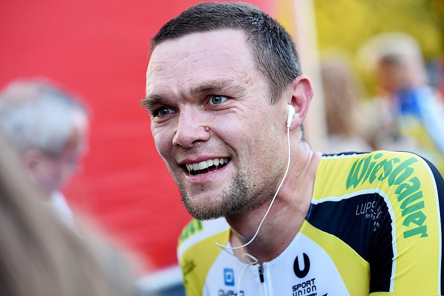 Schaut seinem 24-Stunden-Weltrekord auf der Bahn zuversichtlich entgegen: Extrem-Radsportler Christoph Strasser - Foto: © Tana Hell (tana-hell.com) / Instagram: @bytanahell