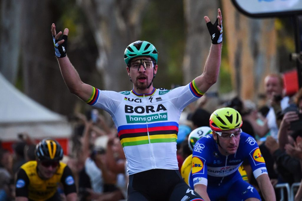 Peter Sagan (Bora-hansgrohe) bejubelt seinen Sieg bei den People's Choice Classics - Foto: © BORA - hansgrohe / Bettiniphoto