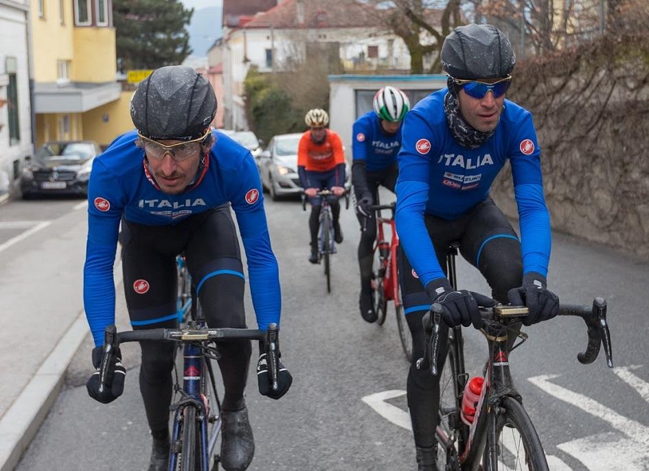 Franco Pellizotti (li.) und Vincenzo Nibali besichtigen den WM-Kurs 2018 von Innsbruck - Foto: Expa/OK Rad WM 2018