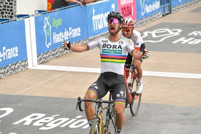 Peter Sagan (Bora-hansgrohe) feiert seinen Sieg bei Paris-Roubaix 2018 - Foto: A.S.O.