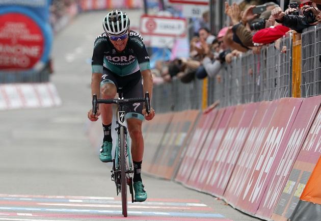 Felix Großschartner (Bora-hansgrohe) im Ziel der 20. Etappe beim 101. Giro d'Italia - Foto: © BORA - hansgrohe / Bettiniphoto