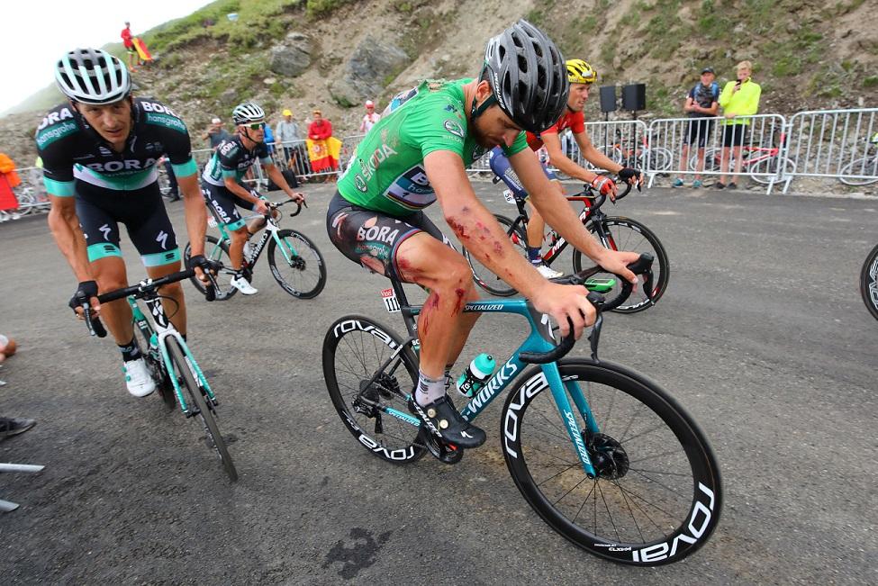 Gezeichnet von seinem Sturz: Weltmeister Peter Sagan (Bora-hansgrohe) - Foto: © BORA - hansgrohe / Bettinophoto
